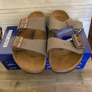Birkenstock Regular Fit Suede Sandal